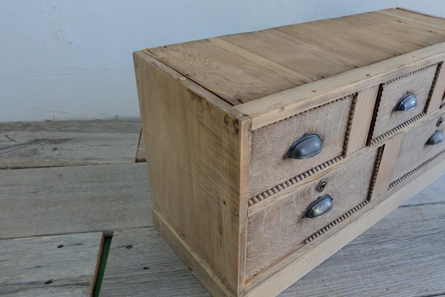 ICCAの日本のアンティークの五杯の引き出しの付いたテレビボードに使える収納戸棚