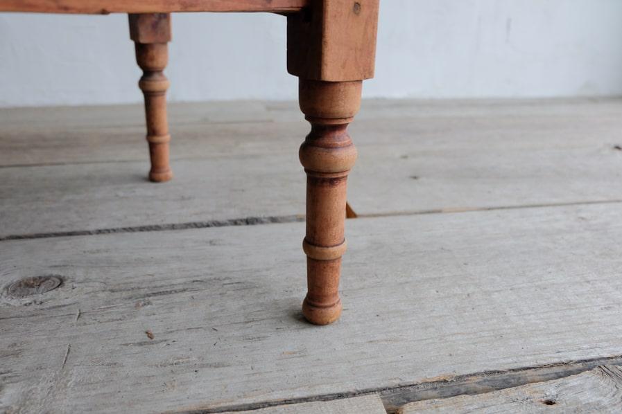 日本のアンティークの正方形のシンプルなコーヒーテーブル
