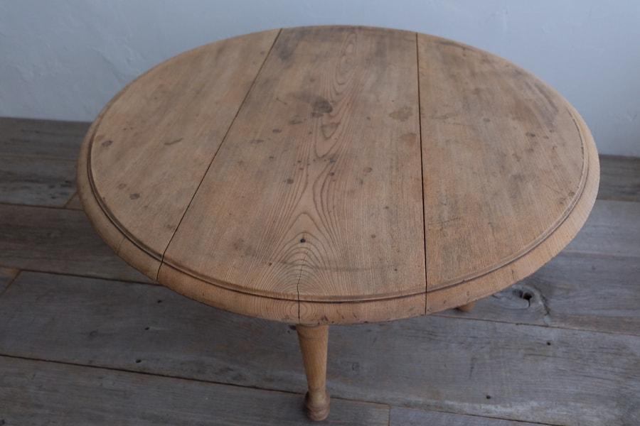 日本のアンティークの座卓