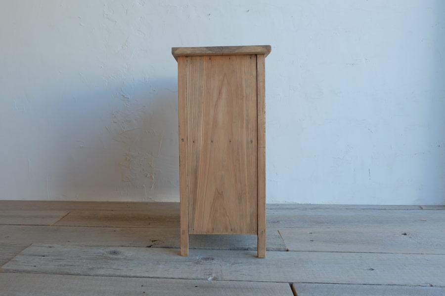 レトロなアンティークコンソールテーブル