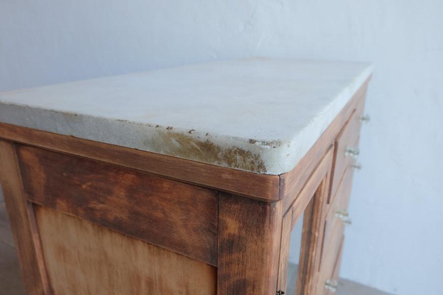 ICCAの日本のアンティークの大理石の天板の店舗什器向きのカウンターテーブル
