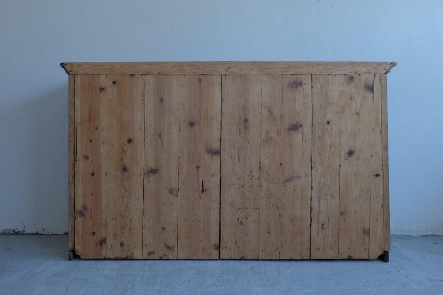 ICCAの日本のアンティークのカウンター飾り棚