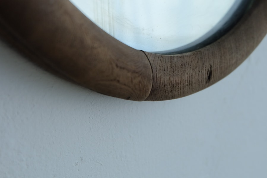 ICCAの日本のアンティークの小さな丸い鏡