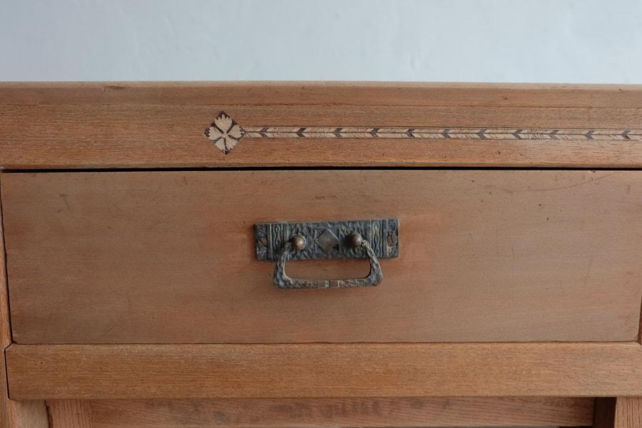 日本の古道具の箪笥