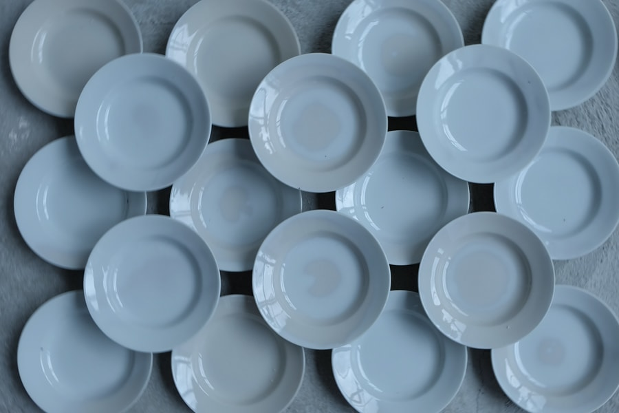 大正期のアンティーク白磁の皿
