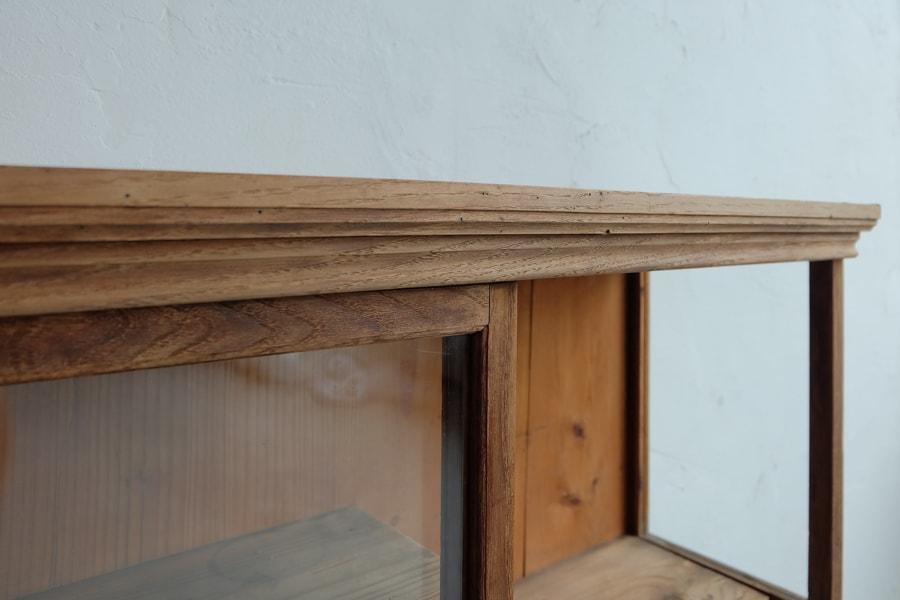ICCAの日本の古家具の和のガラスショーケース