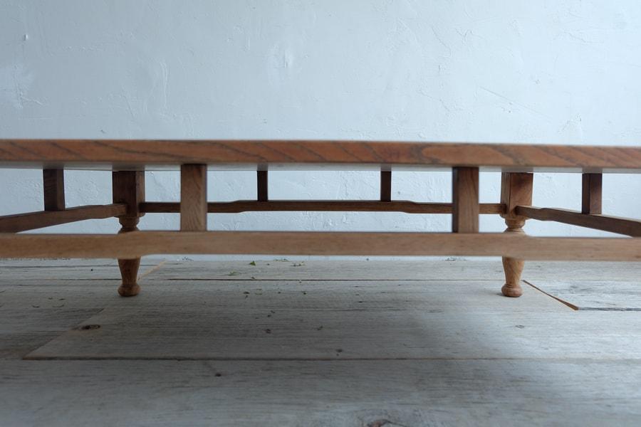 日本のアンティークの昭和レトロのリビングテーブル