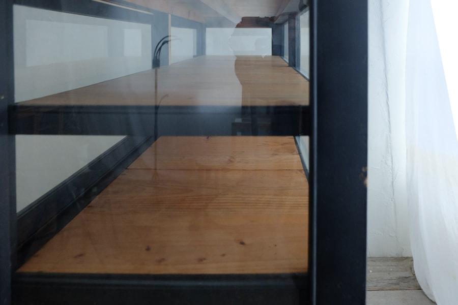 ICCAの和家具のシンプルな飾り棚