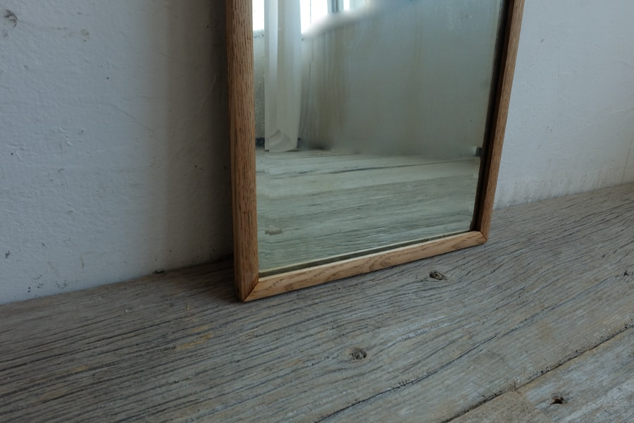 ICCAの日本のアンティークの小さな鏡