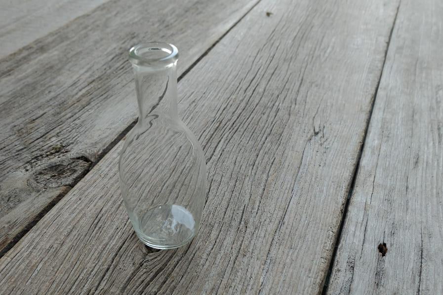 ICCAの日本のアンティークのレトロなガラスの一輪挿し