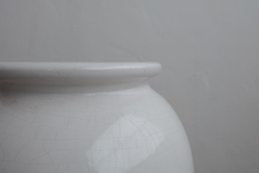 ICCAの日本のアンティークの大きな白磁の花器