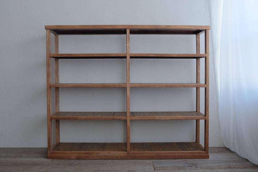 ICCAの日本のアンティークの本棚