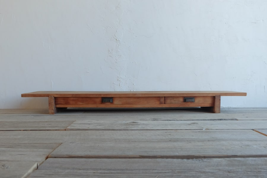 ICCAの日本のアンティークの薄いTVボード