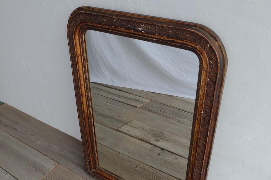 店舗什器のアンティーク鏡