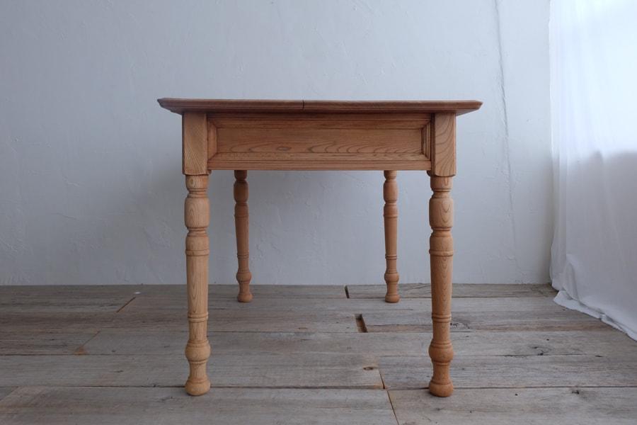 大正ロマンダイニングテーブル