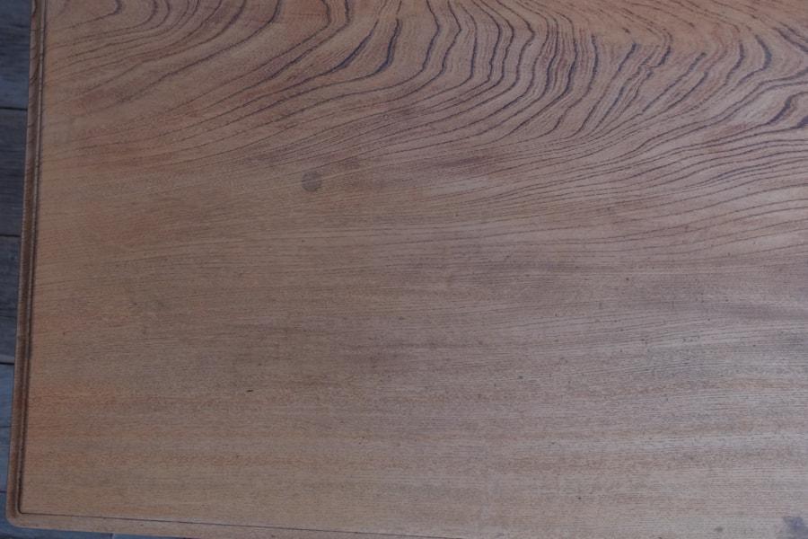 引き出し付きダイニングテーブル
