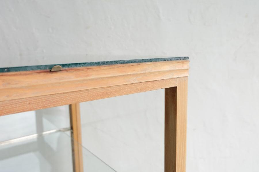 和家具のアンティークガラスショーケース