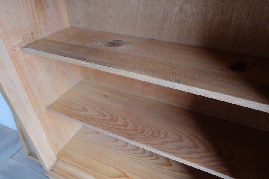 ICCAの日本のアンティークのケヤキ材のシンプルな二段のキッチン収納
