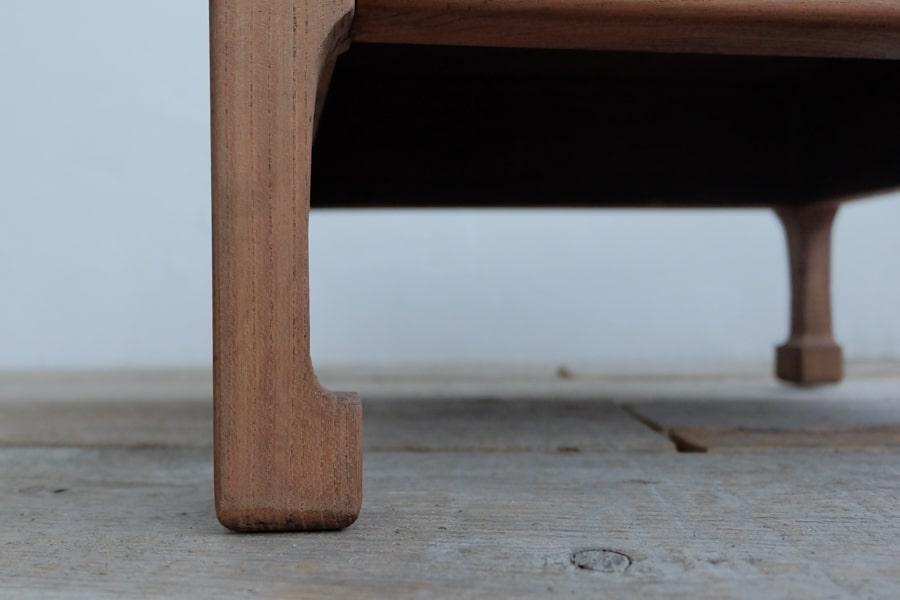 日本のアンティークのシンプルなコーヒーテーブル