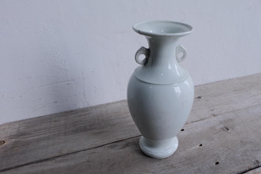 ICCAの日本のアンティークの李朝時代の大きな青白磁の花器