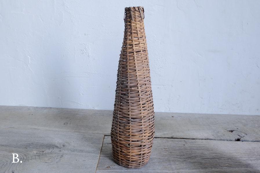 ICCAの日本のアンティークのボトルの様な形の古い籠