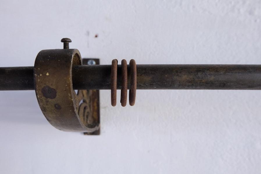 ICCAの日本のアンティークの真鍮製のバー