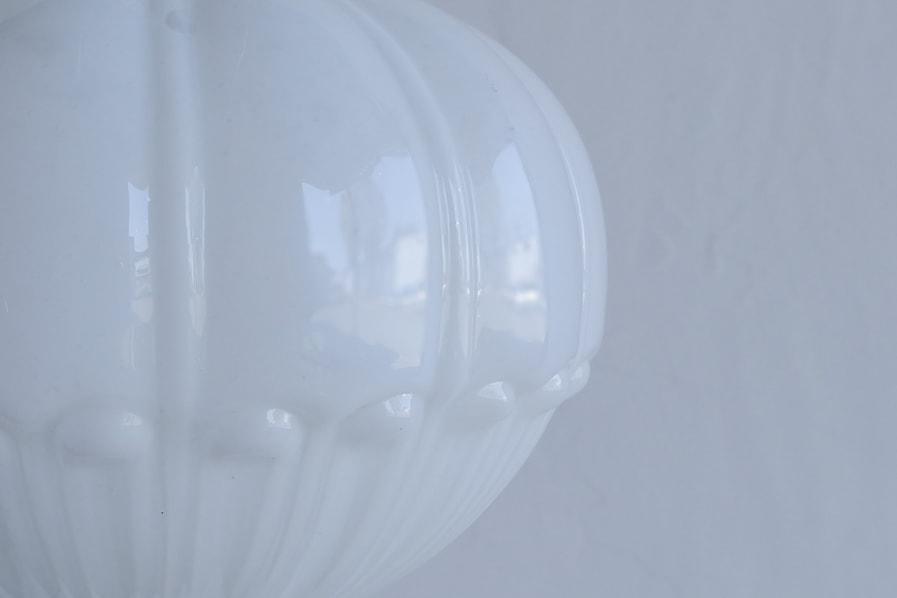 日本のアンティークの装飾のあるガラスシェードのペンダントライト