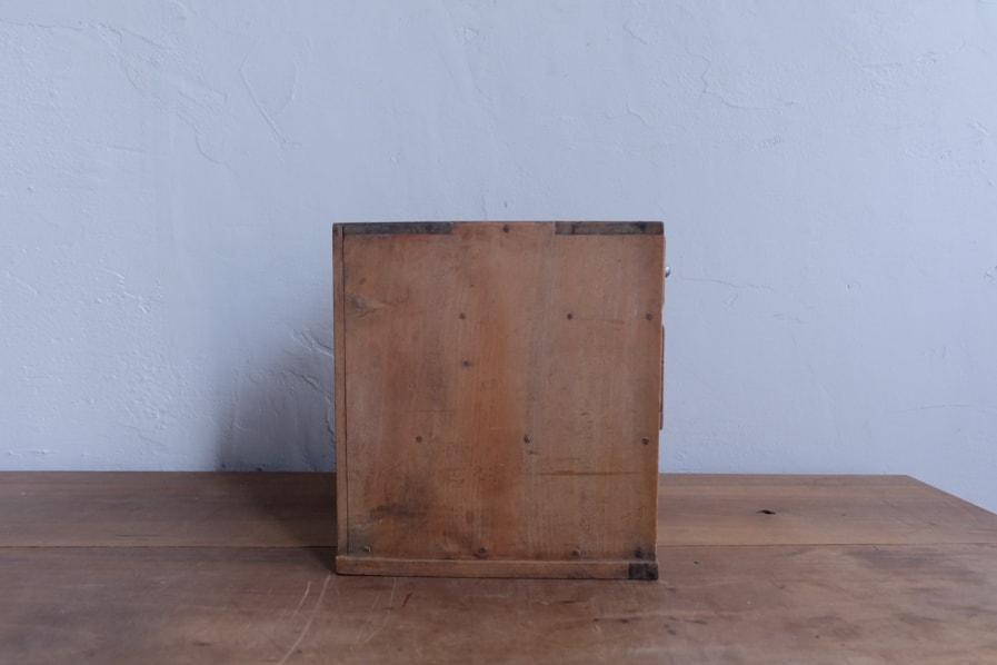 ICCAの日本のアンティークの小さい卓上の引き出し