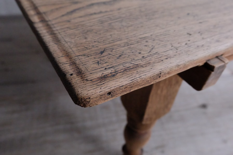 日本のアンティークの明治時代の引き出し付きのコーヒーテーブル