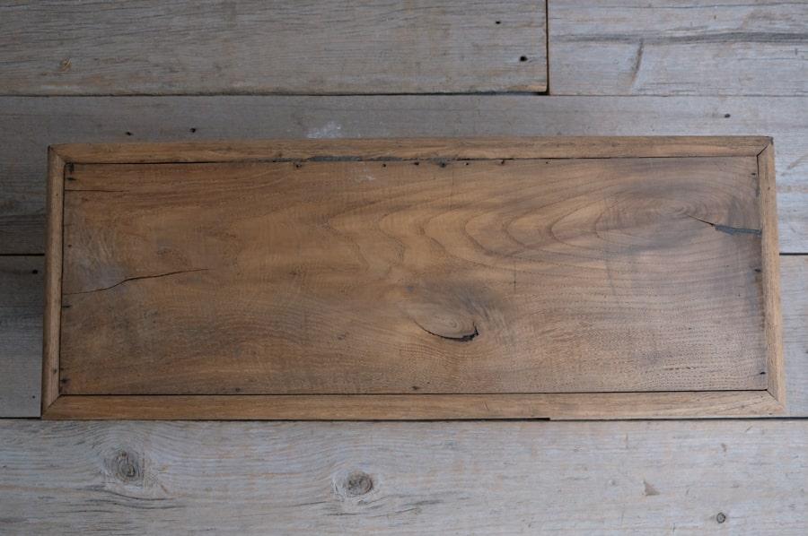ICCAの日本のアンティークの栗材のテレビボード