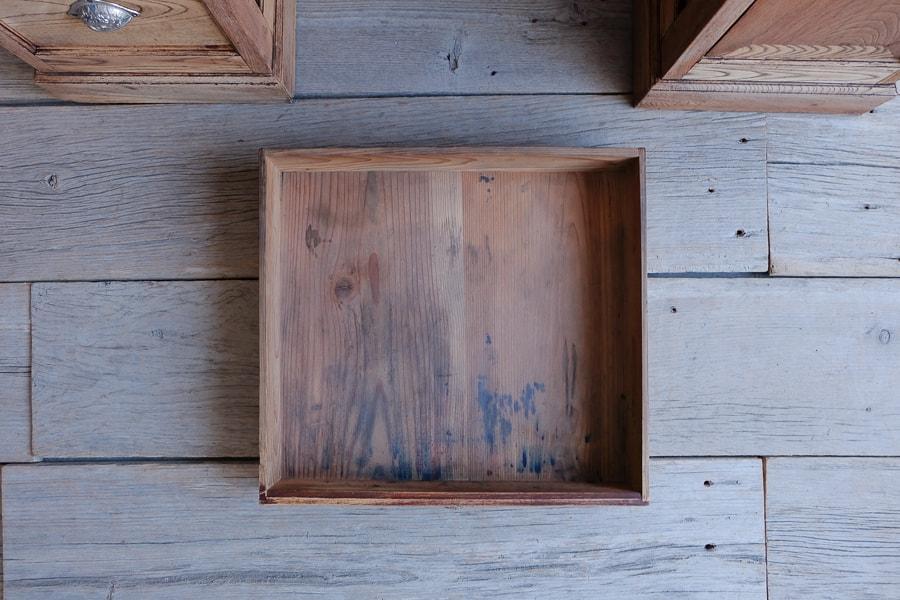 和風アンティークの机