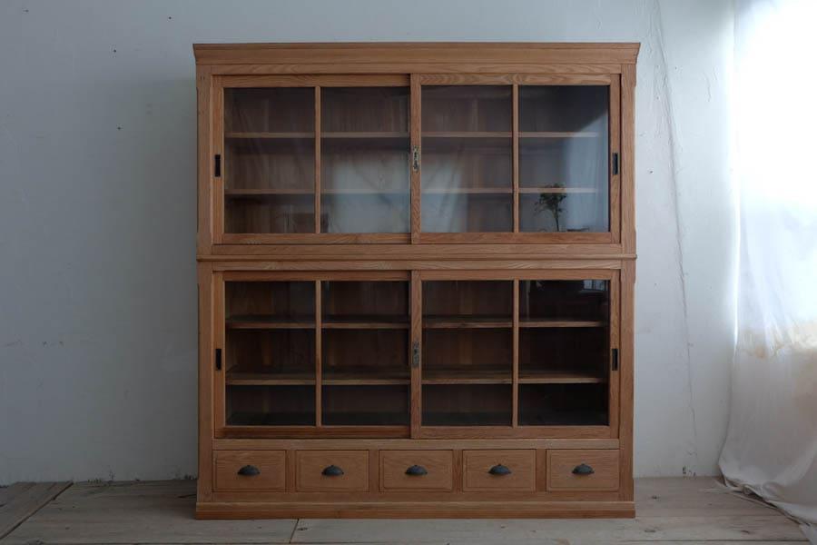 ICCAの日本の古家具の欅の食器棚