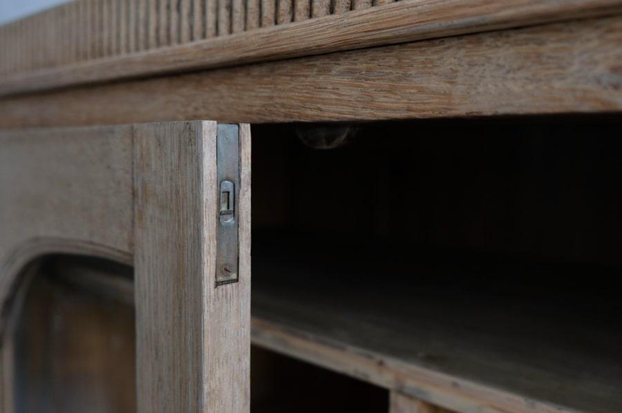 アンティークの本棚