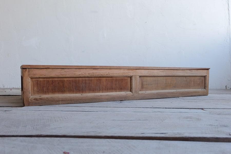 ICCAの日本のアンティークのローボード