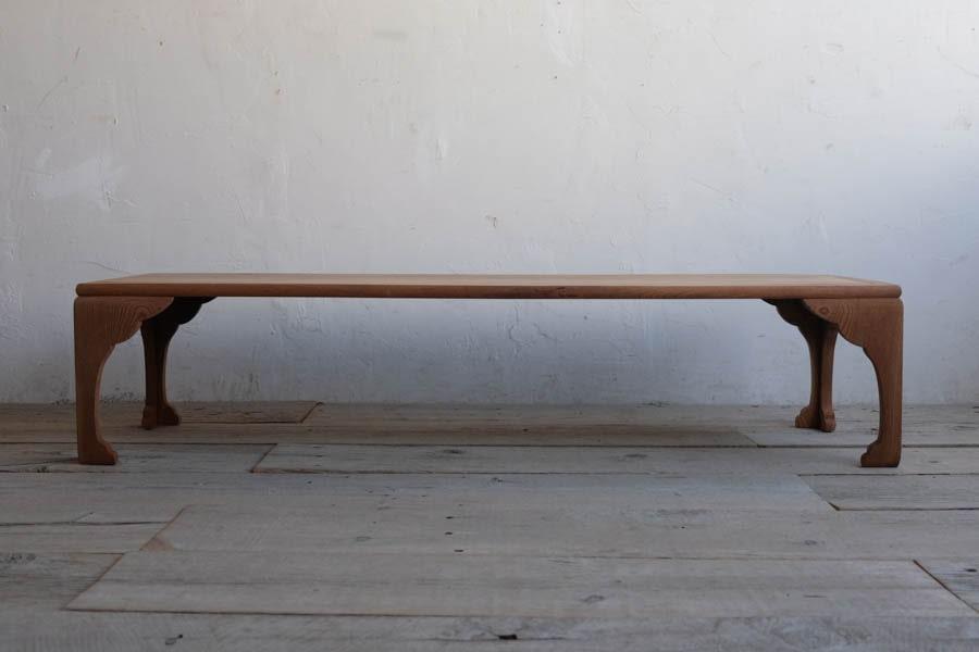 日本のアンティークの欅材のローテーブル