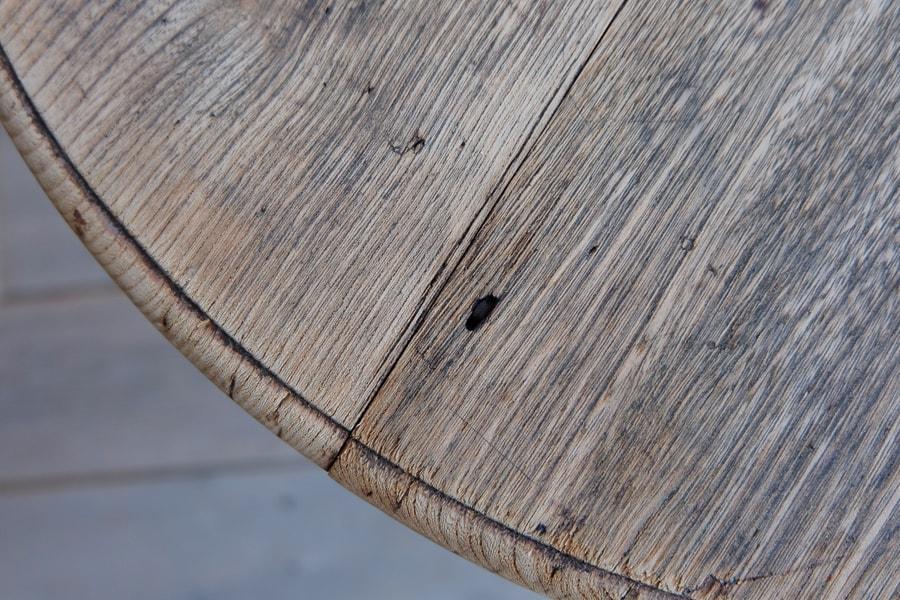 日本のアンティークの洋風な丸テーブル