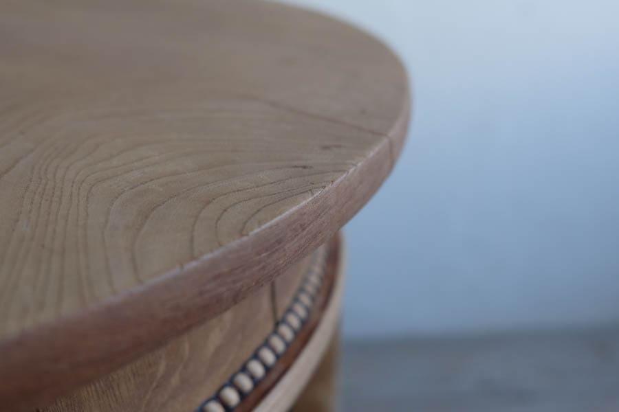 ICCAの日本のアンティークの玉飾りのラウンドテーブル