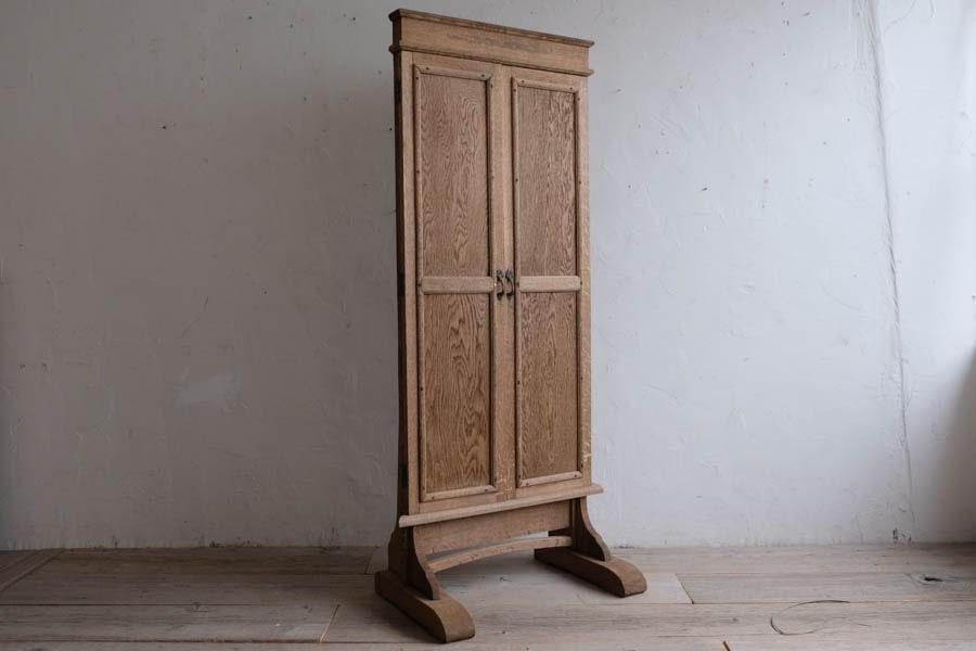 ICCAの日本の古家具の卓上ショーケース