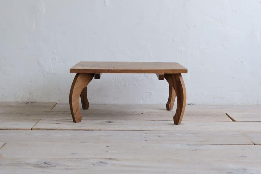 ICCAの日本のアンティークのローテーブル