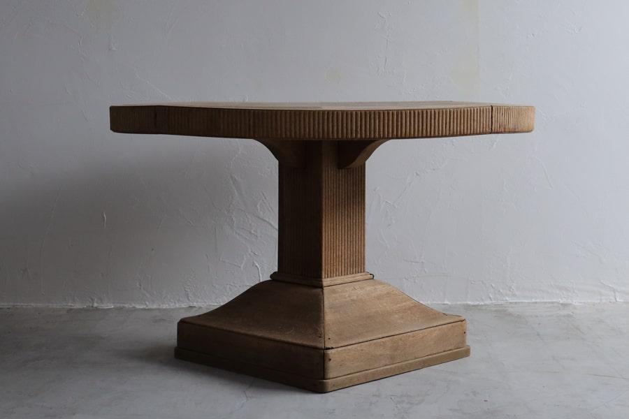 大正ロマンな丸テーブル