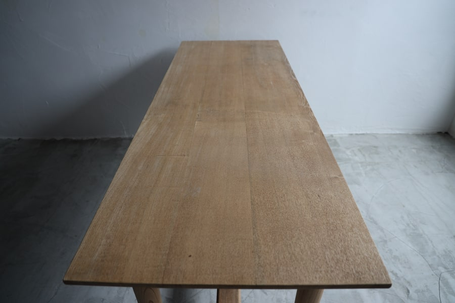 大正ロマンなダイニングテーブル